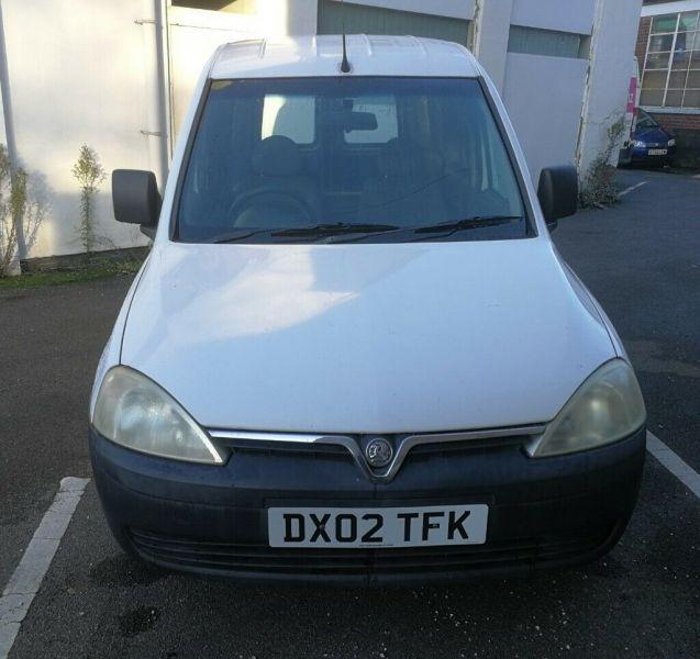 2002 Vauxhall Combo 1.7 image 1