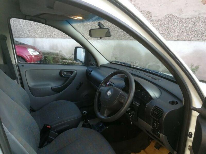 2002 Vauxhall Combo 1.7 image 3