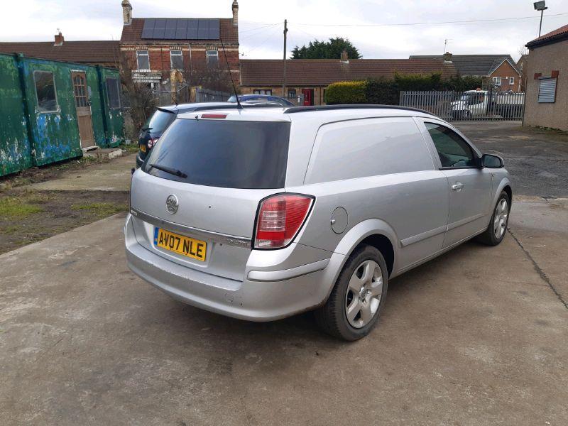 2007 Vauxhall Astra Van 1.9 image 3