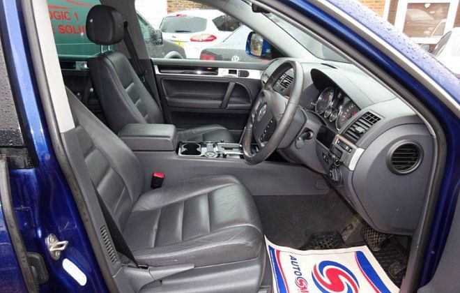 2007 VW Touareg 2.5 TDI DPF Altitude 5dr image 3