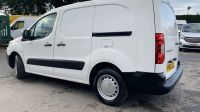 2012 Peugeot Partner 1.6 Hdi S L2 Crew Van 4dr image 2