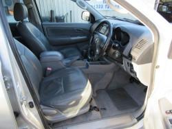 2007 Toyota Hi Lux Invincible D-4D 4x4 Double-Cab image 2