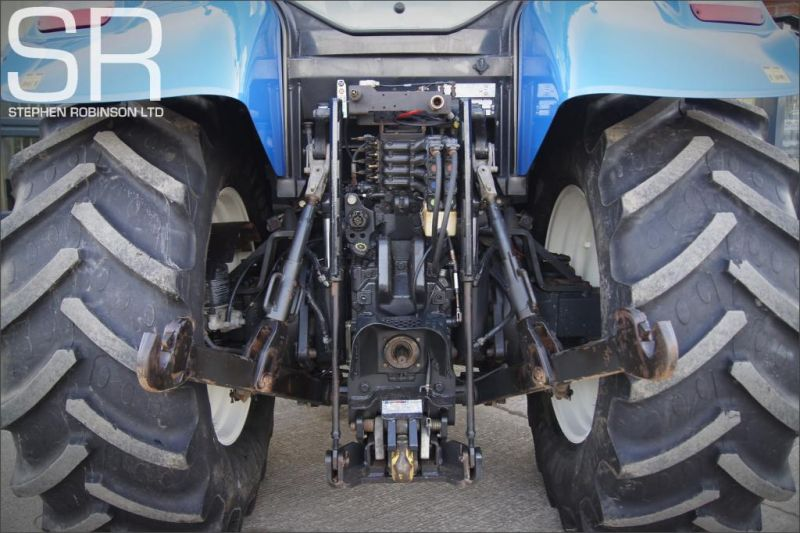 2010 New Holland T6080 50K image 7