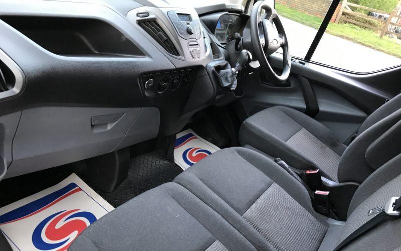 2015 Ford Transit Custom 270 Eco-Tech L1H1 125Ps image 9