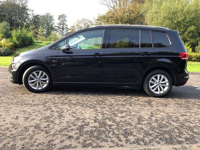 2016 Volkswagen Touran 1.6 Se Tdi Dsg 5dr image 3