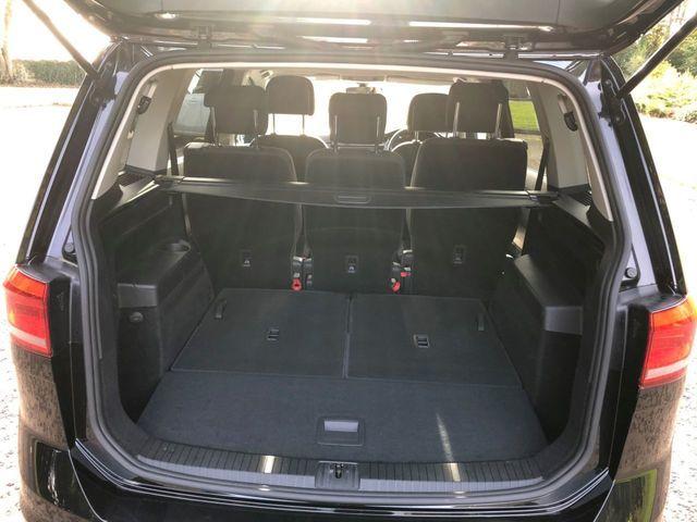 2016 Volkswagen Touran 1.6 Se Tdi Dsg 5dr image 6