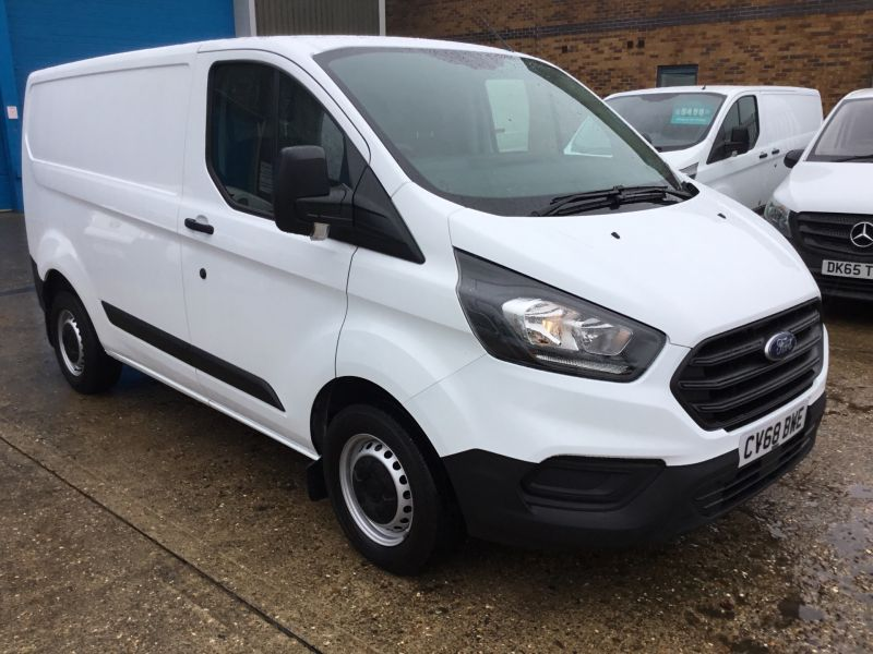 2018 Ford Transit Custom 300 2.0 TDCi 105ps Low Roof Van