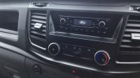 2018 Ford Transit Custom 300 2.0 TDCi 105ps Low Roof Van image 8