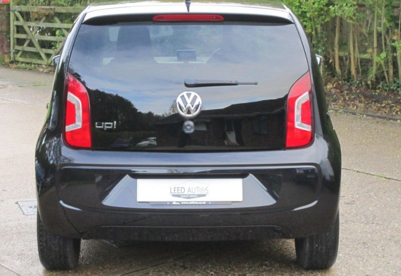 2015 Volkswagen up! Hatch 1.0 5dr image 3