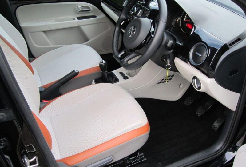 2015 Volkswagen up! Hatch 1.0 5dr image 5