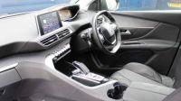 2018 Peugeot 3008 1.2 Puretech Allure Eat (S/S) 5dr image 2
