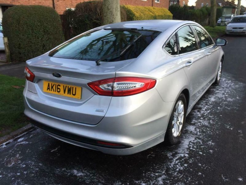 2019 Ford Mondeo image 1