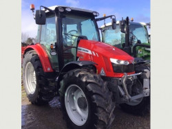 2017 Massey Ferguson 5713SL Tractor