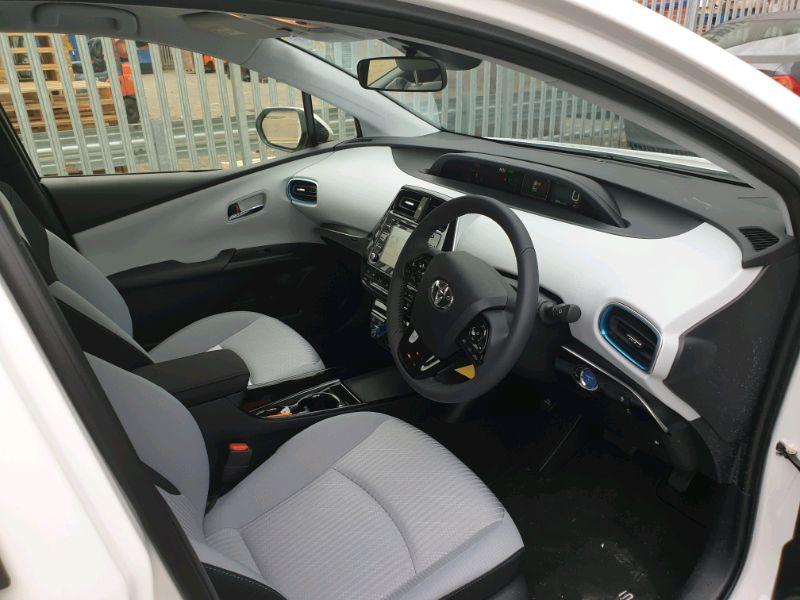 2019 PCO Toyota Prius image 3