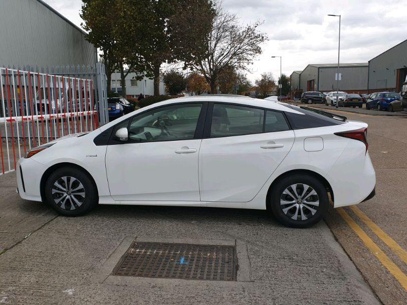 2019 PCO Toyota Prius image 5