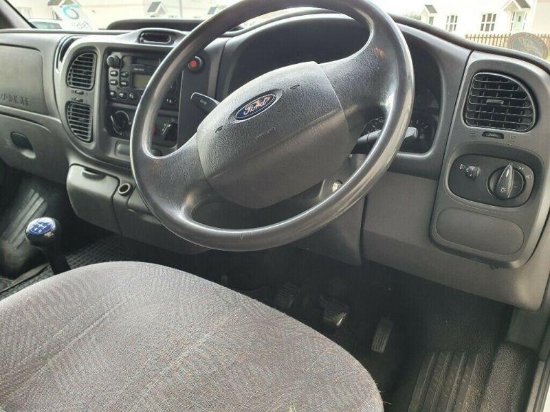2002 Ford Transit Luton Van 2.4 image 4
