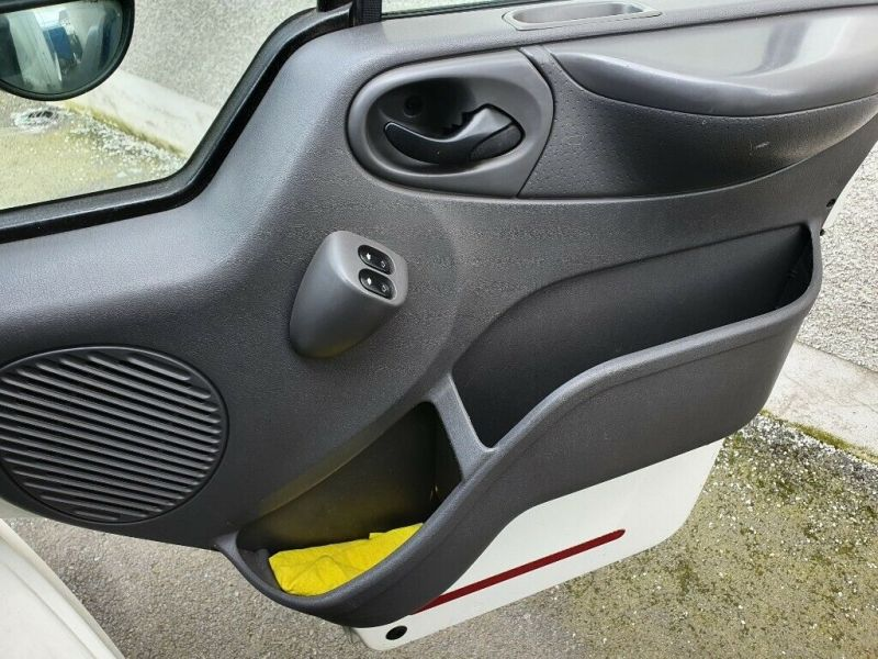 2002 Ford Transit Luton Van 2.4 image 6