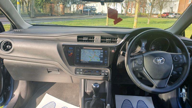 2018 Toyota Auris Design 1.2 image 7