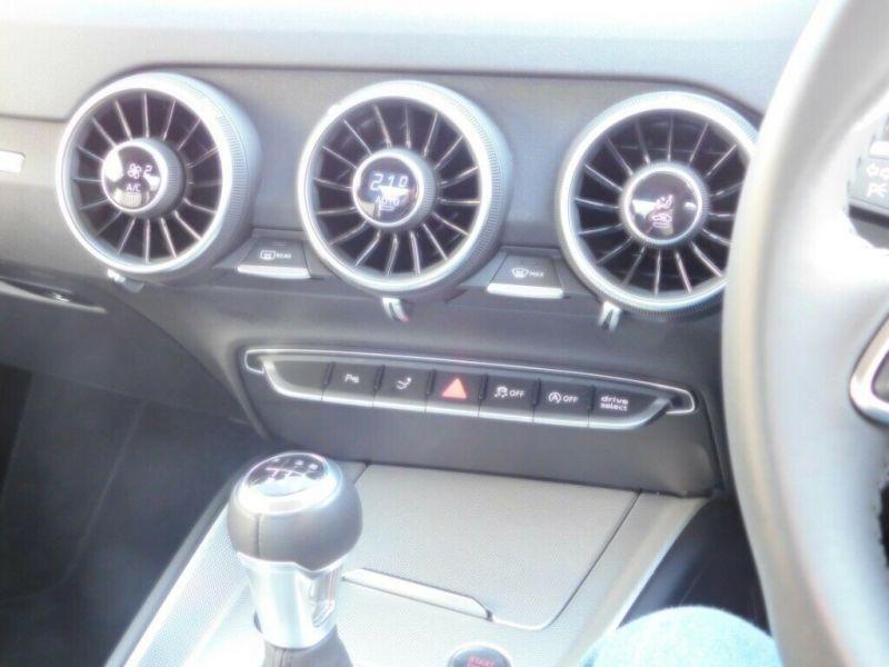 2016 Audi TT 2.0T Fsi Sport Coupe image 9