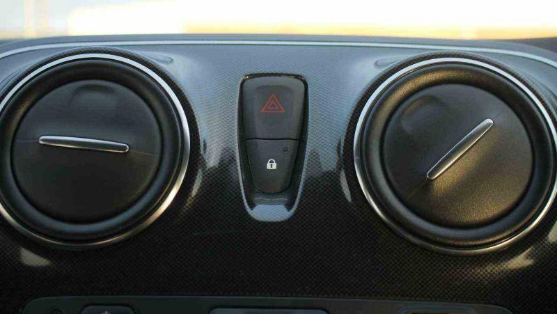 2017 Dacia Sandero 0.9 TCe Laureate 5dr image 16
