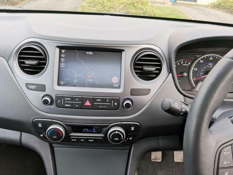 2019 Hyundai I10 1.2 Premium SE image 12