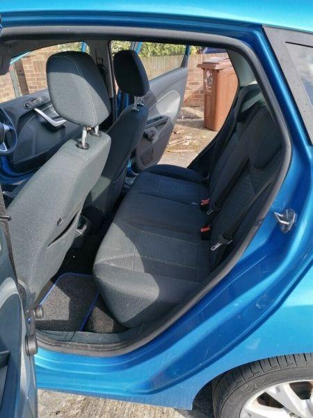 2009 Ford Fiesta Zeetec image 2