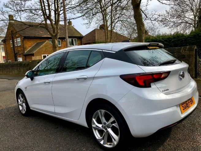 2016 Vauxhall Astra 1.6 5dr image 4