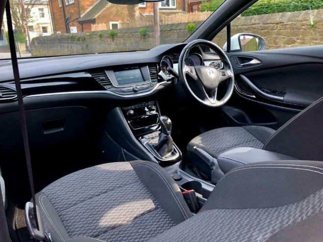 2016 Vauxhall Astra 1.6 5dr image 6