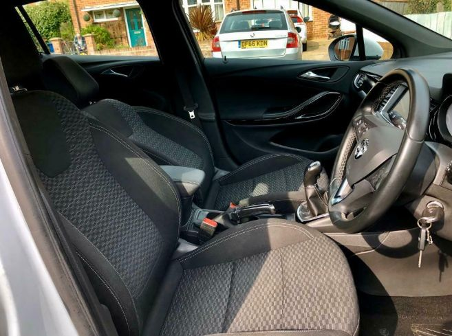 2016 Vauxhall Astra 1.6 5dr image 7