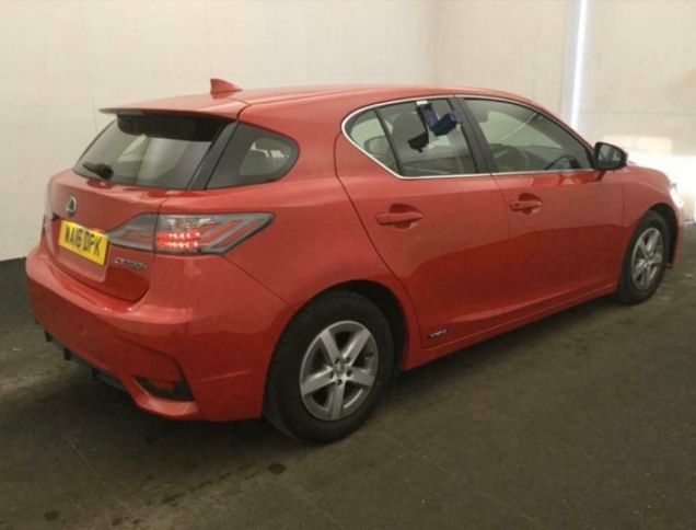 2016 Lexus Ct200H Electric Hybrid 1.8 image 2