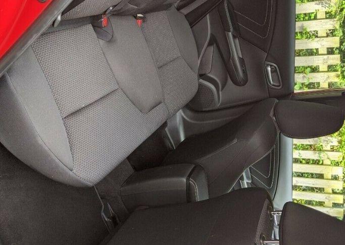 2016 Honda Civic 1.4i-VTEC Sport 5dr image 6
