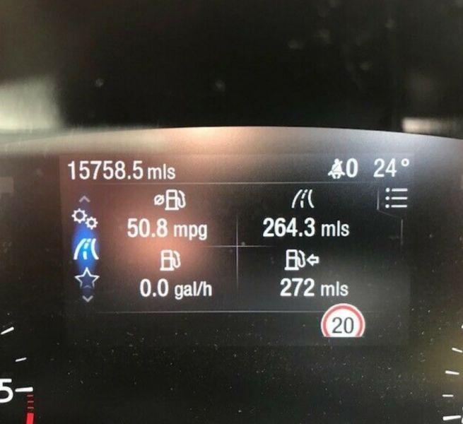 2019 Ford Focus 1.5 EcoBlue Titanium image 10