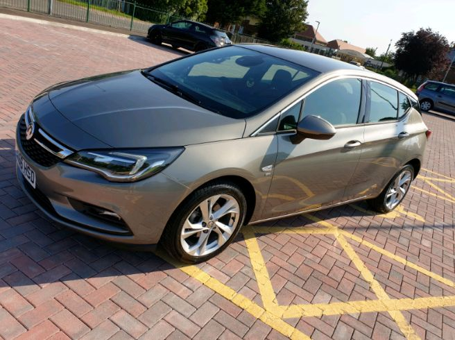 2016 Vauxhall Astra 1.4 SRI image 1