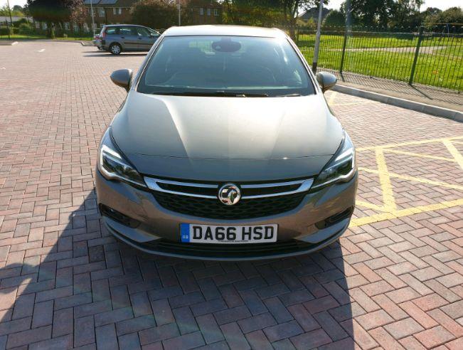 2016 Vauxhall Astra 1.4 SRI image 2