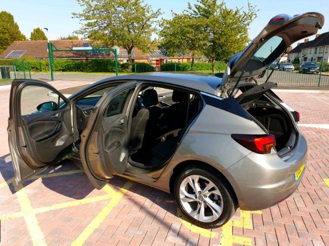2016 Vauxhall Astra 1.4 SRI image 5