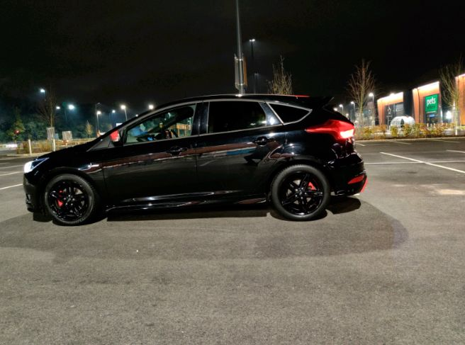 2016 Ford Focus 2.0 TDCi 200hp image 2