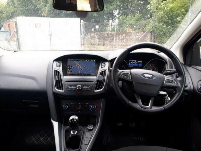 2016 Ford Focus Zetec 1.5 Diesel image 8