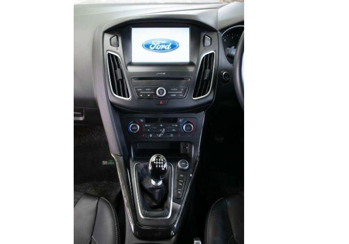 2016 Ford Focus 1.5 TDCI Titanium image 11