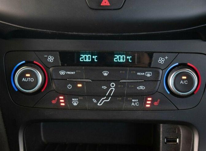 2016 Ford Focus 1.5 TDCI Titanium image 12