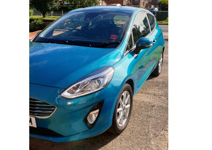 2017 Ford Fiesta Zetec Ecoboost image 2