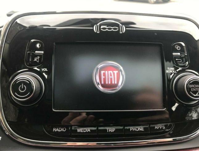 2016 Fiat 500 3dr image 12