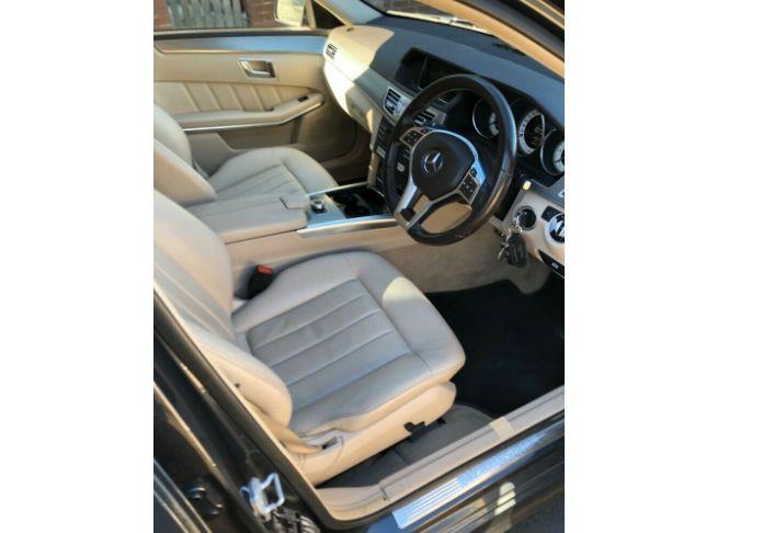2016 Mercedes E220 image 4