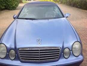 2000 Mercedes-Benz CLK Convertible - Semi-Auto 2dr