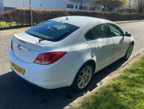 2012 Vauxhall Insignia Exclusive 1.8 5dr