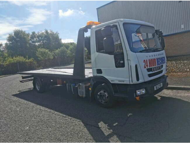 2012 Iveco 7.5Ton Tilt and Slide Semi-Auto Recovery Truck