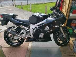 2000 Yamaha YZF R6, 599 (cc)
