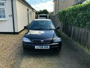 Vauxhall Astra: Auto, 1.6L, 66k miles