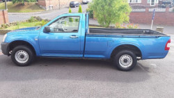 2004 Isuzu Rodeo TD 4x2 Single Cab Pick Up Truck ( ) image 3