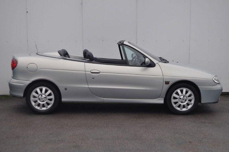 2001 Renault Megane 1.6 16V image 2