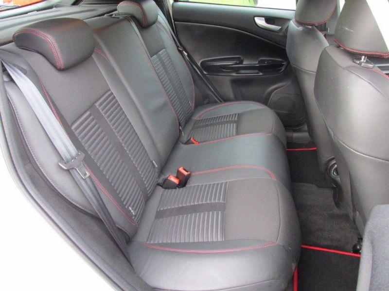 2011 Alfa Romeo Giulietta 1.4 image 4